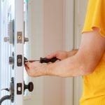 Zamki w drzwiach antywłamaniowych